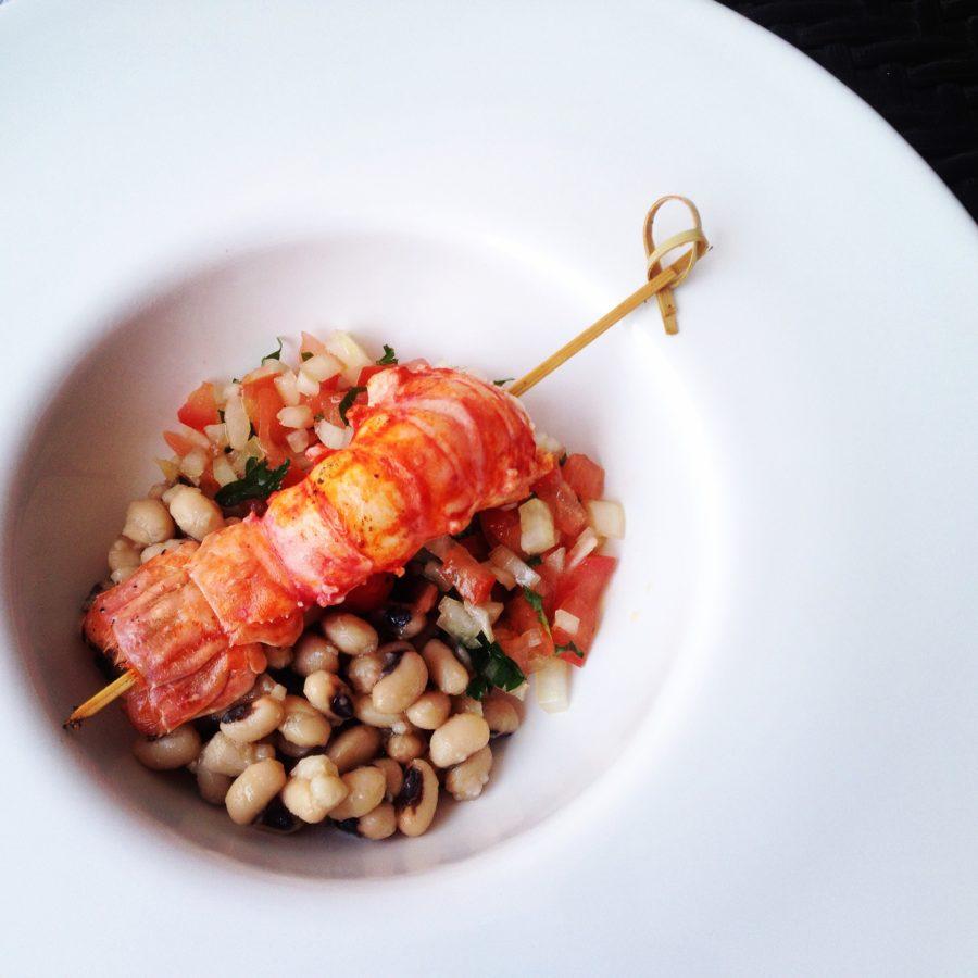 Salada de Feijão Fradinho e Vinagrete de Coentro