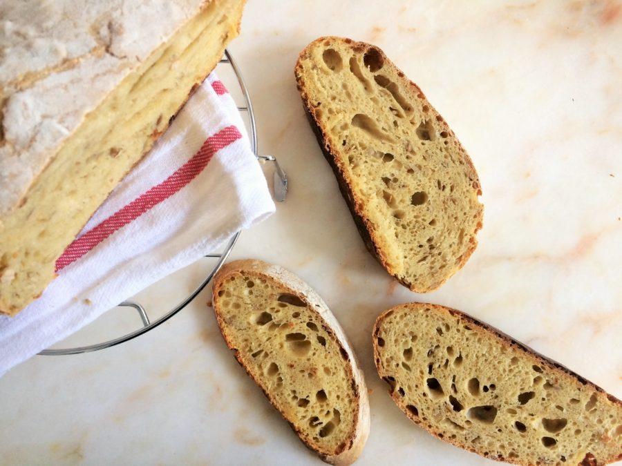 Pão de Cenoura e Sementes de Girassol {Levain}