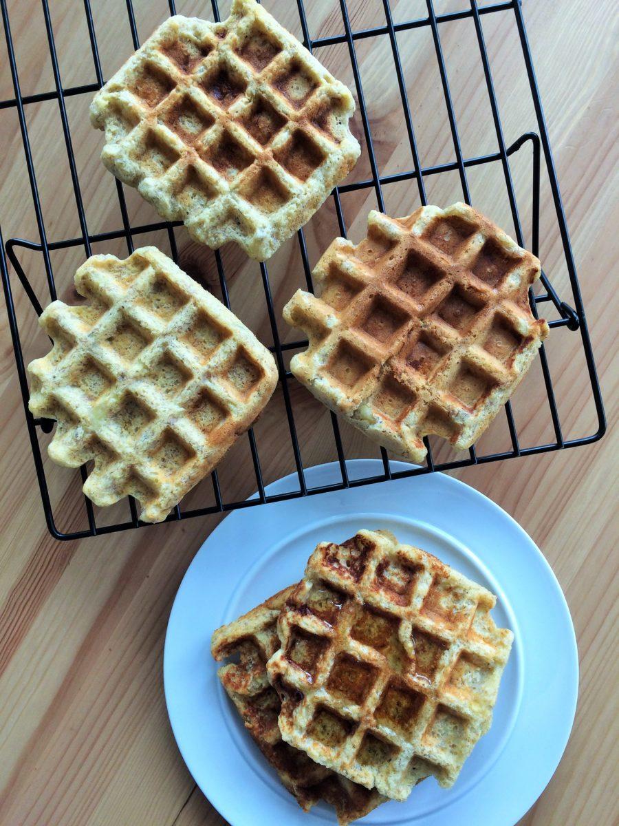 Waffles de Banana e Manteiga de Amendoim: Apenas sensacional!